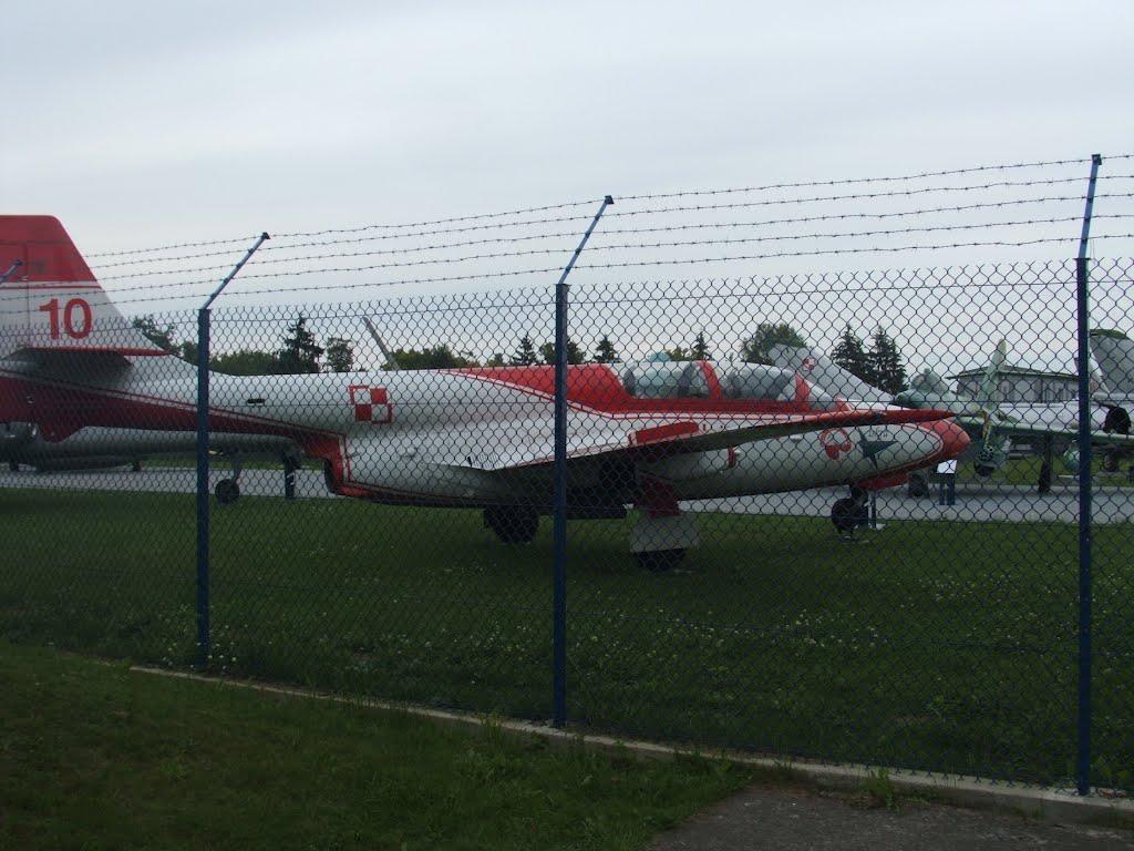 Muzeum lotnictwa w Dęblinie fot. K. Siek